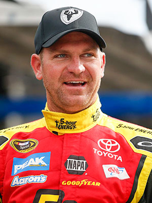 Clint Bowyer image